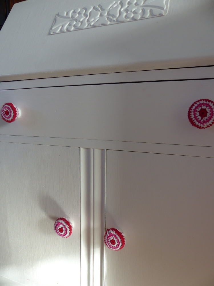 Another piece of painted furniture finished with crochet door knobs!