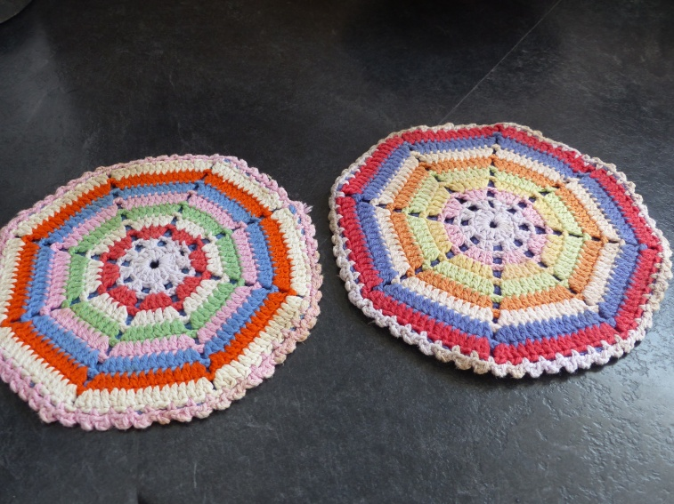 Dutch crocheted pannenlappen...beautiful and practical-a winning combination!